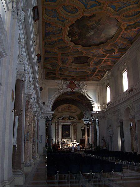 File:Sant'Anastasia - Roma - interno - Panairjdde.jpg