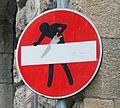 Saw street sign (14167641036) (cropped).jpg