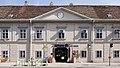 Schloss Essling 02.jpg