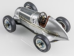 Schuco Studio 1050 Mercedes Grand Prix 1936-92542.jpg