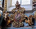 Schussenried Klosterkirche Hochaltar Wappen rechts.jpg