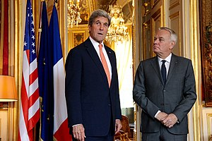 Jean-Marc Ayrault - Ayrault with US Secretary of State John Kerry in Paris, 30 July 2016