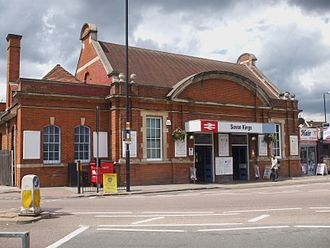 Seven Kings railway station - The station building in 2009, while under operation by National Express.