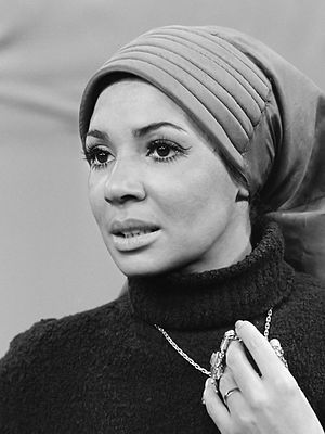 I'll Still Love You - Singer Shirley Bassey, pictured in January 1971