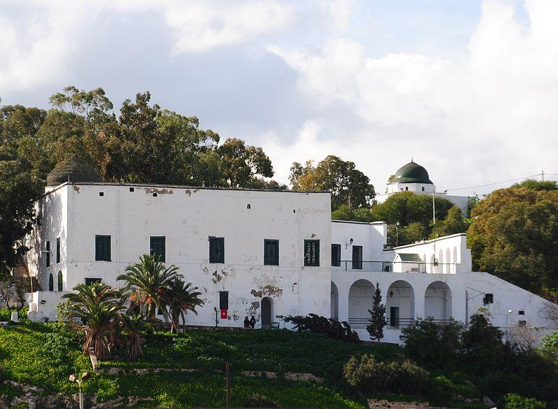 File:Sidi Belhassen Grotte 2.JPG