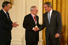 Sidney Pestka receiving National Medal of Technology