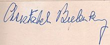 Signature of Christabel Bielenberg.jpg