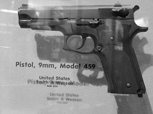 Smith and Wesson 459.jpg