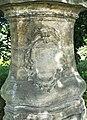 Socha svatého Jana Nepomuckého poblíž domu 714 ve Starých Křečanech (Q104983695) 03.jpg