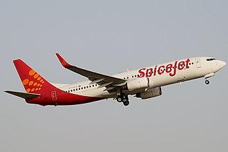 SpiceJet - Image: Spice Jet Boeing 737 800 Vyas 2