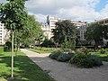 Square des Écrivains-Combattants-Morts-pour-la-France, Paris 16e 1.jpg