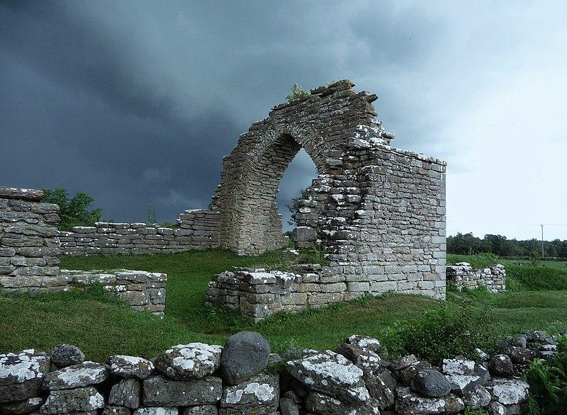 File:St Hans klosterruin.JPG
