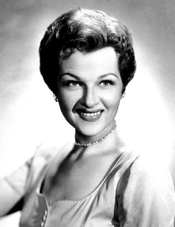 English: Publicity portrait of Jo Stafford fro...