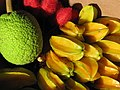 Starr-121109-0899-Averrhoa carambola-fruit with breadfruit from Pali o Waipio-Hawea Pl Olinda-Maui (25170585476).jpg