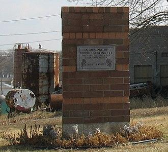 Murder of Bobbie Jo Stinnett - Memorial to Bobbie Jo Stinnett in downtown Skidmore, Missouri