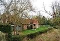 Stone cottage off B2188, Groombridge - geograph.org.uk - 1588445.jpg