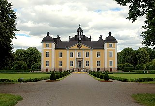 Strömsholm Palace Gustav Vasa built a stone stronghold on the island in the 1550s, and this formed the foundation of the present palace