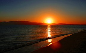 Sunset from Plaka beach, Naxos island, Greece - panoramio.jpg