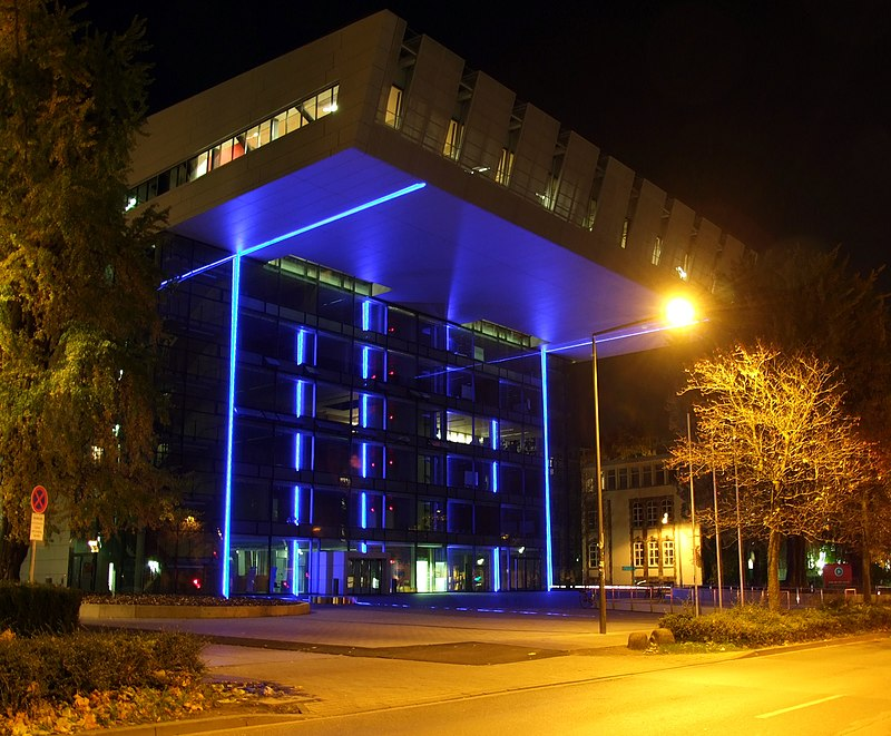 SuperC - bei Nacht.jpg