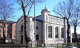 Fil:Synagogan i Norrköping april 2006.jpg