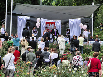 Rose garden - Wedding in Różanka Rose Garden in Szczecin, Poland