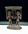 Tabouret luba-Musée ethnologique de Berlin.jpg