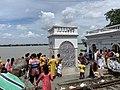 Tarpan or Tarpana ritual - Mayer ghat in Kolkata 01.jpg