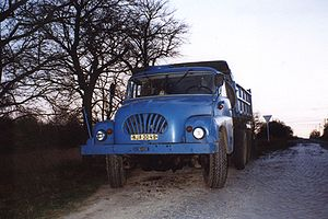Tatra 138 - Image: Tatra 138 kipper 3