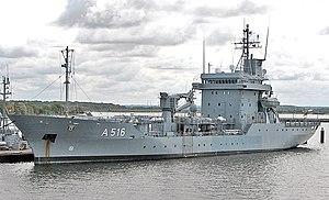 Ship's tender - Image: Tender Donau A516