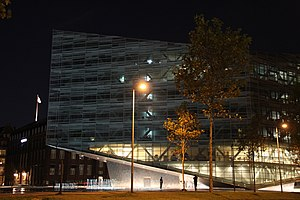 The Crystal, Copenhagen - Image: The Crystal (Nykredit) by night