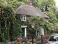 The Lodge, Southwark Park, Rotherhithe, London, SE16 - geograph.org.uk - 1516935.jpg