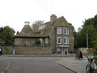 Geoffrey Pyke - The Malting House school building photographed in 2008. The building is on the corner of Newnham Road and Malting Lane and overlooks the Mill Pond and Sheep's Green.