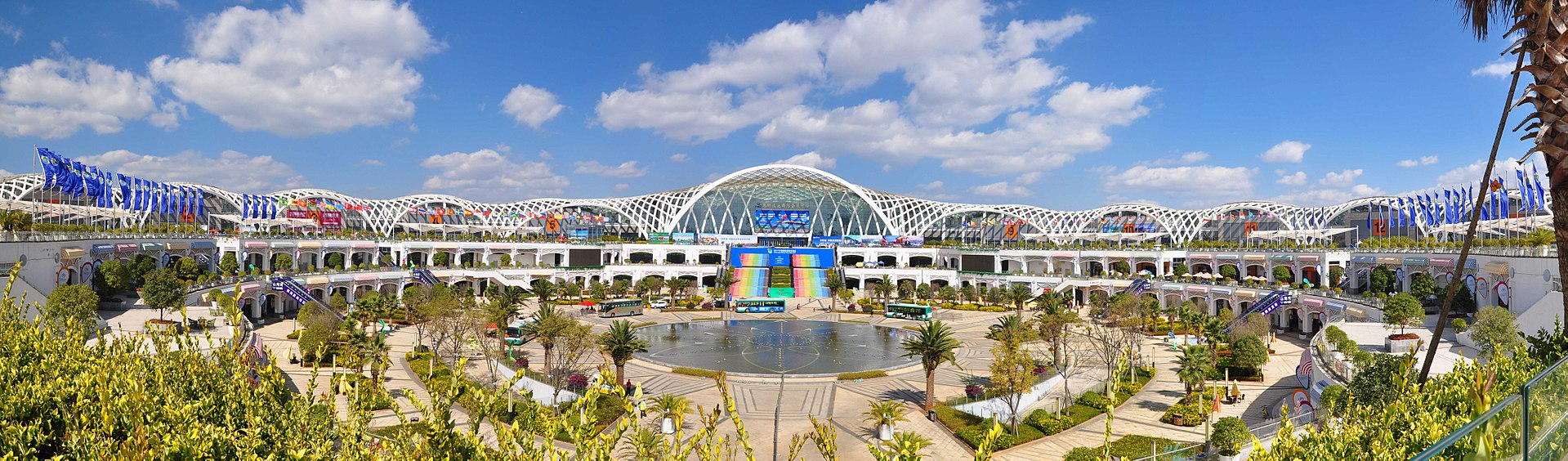 The panorama of Kunming Dianchi International Convention and Exhibition Center.jpg