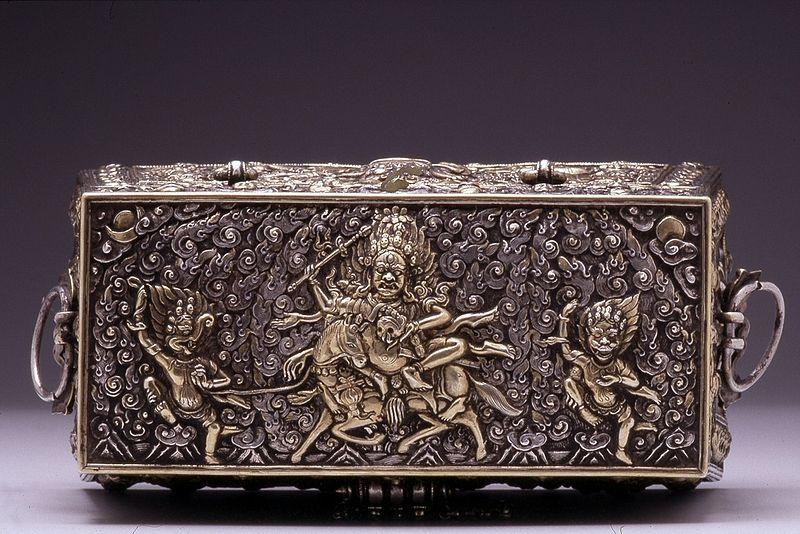 File:Tibetan - A Ritual Box - Walters 572299 - Top.jpg
