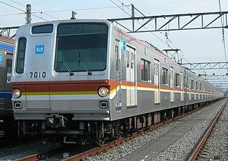 Tokyo Metro 7000 series - Image: Tokyo Metro 7010