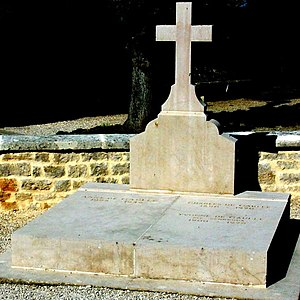 Anne de Gaulle - The grave of Anne beside her parents