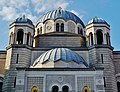 Trieste Tempio serbo-ortodosse della Santissima Trinità e di San Spiridone Außen Cupole.jpg