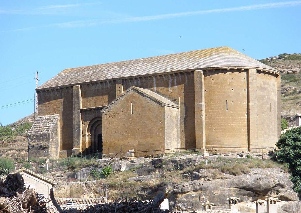 Uncastillo - Iglesia de San Juan y necrópolis rupestre 02