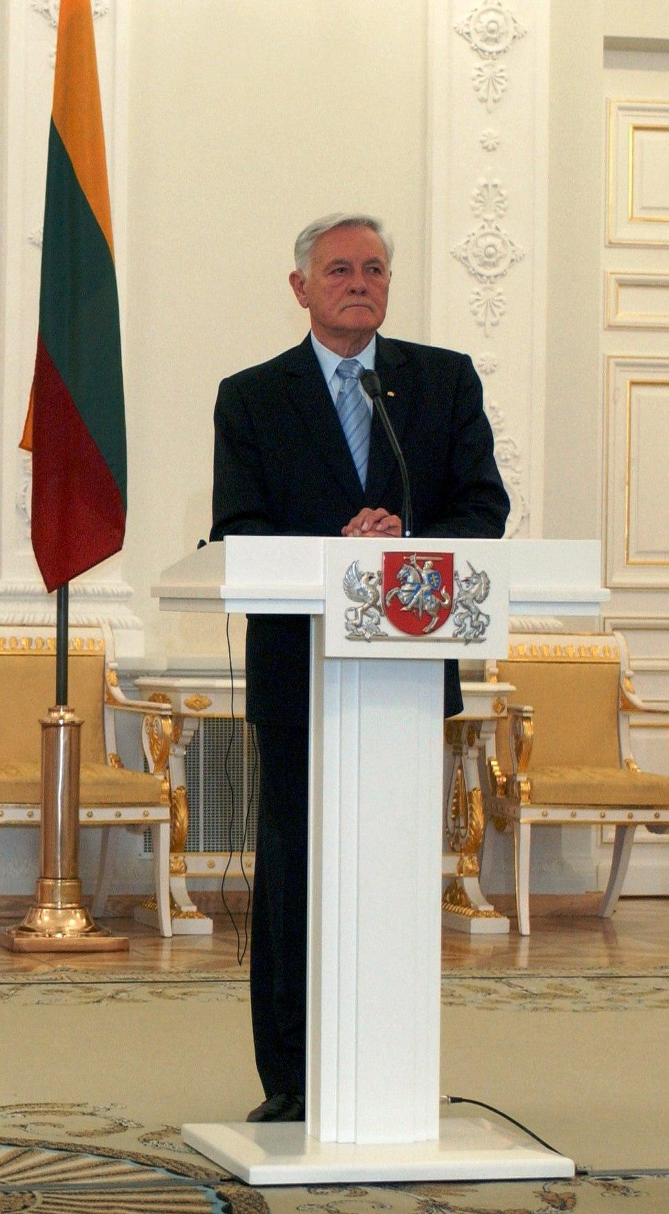Valdas Adamkus in 2005.JPEG