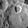 Vening Meinesz crater AS11-43-6492.jpg