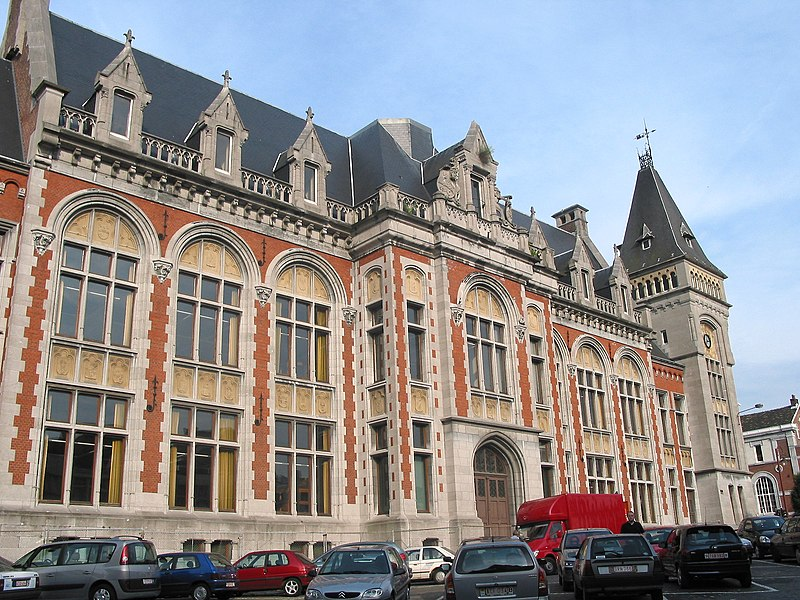 Verviers (Belgium), the law court (1830/1853) - Architects: Dumont (main building)/Remouchamps (added wing - 1896).