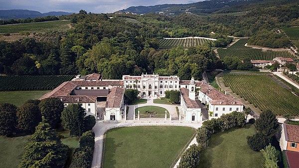 Villa Mosconi Bertani Wikipedia