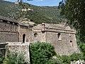 Villefranche-de-Confolent - Fortifications front est, ancienne porte comtale et le fort Liberia.jpg