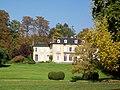 Vineuil-Saint-Firmin (60), château de Saint-Firmin dans le parc de Chantilly.jpg