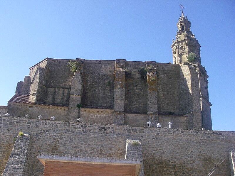 Файл:Vista de la iglesia parroquial de San Miguel, Labraza.jpg