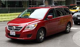 Chrysler minivans (RT) - Volkswagen Routan SE
