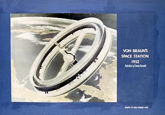Rotating wheel space station - Rotating wheel space station. Wernher von Braun 1952 concept