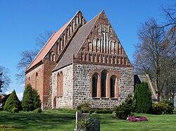 Vorland, Kirche - Ansicht auf Chor und Schiff (2008-04-20).JPG