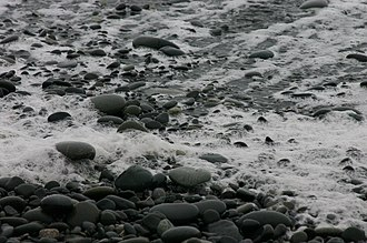 Pebble - Image: Wave Retreating from Pebbles