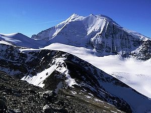 Weisshorn - Close-up view from the Barrhorn with the north face of the Bishorn in foreground